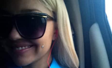 Amanda Bynes' pierced cheek: Fan? Not a fan?