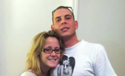 """Jenelle Evans Miscarriage Confirmed; Gary Head """"There to Comfort Her"""""""