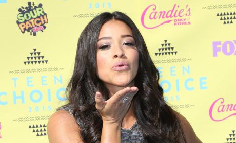Gina Rodriguez at the Teen Choice Awards