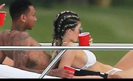Kylie Jenner and Tyga: Holding Hands on Vacation!