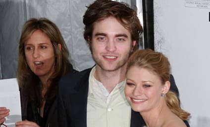 Robert Pattinson Publicity Tour: Remember Me Premiere, The View Appearance