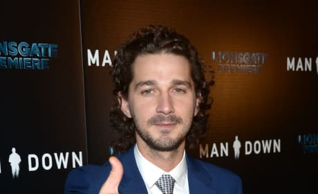 Shia LaBeouf, Thumbs Up