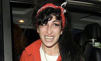 Amy Winehouse: Back in the U.K.!