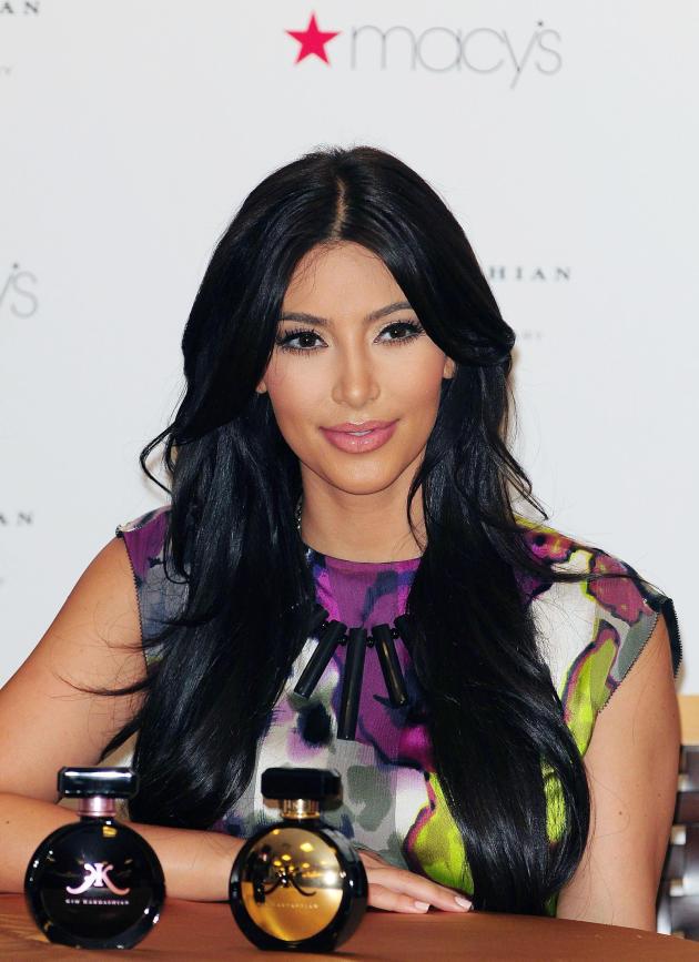 Kim Kardashian Perfume Pic