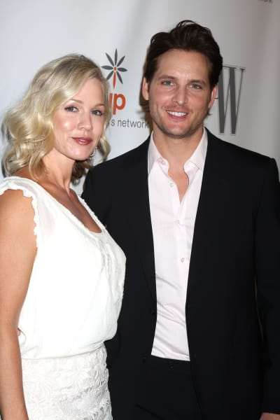 Jennie Garth and Peter Facinelli Photo