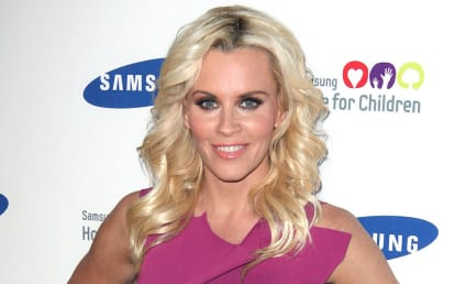 Jenny McCarthy Sends Nude Pic to Son's Dentist Instead of Brian Urlacher