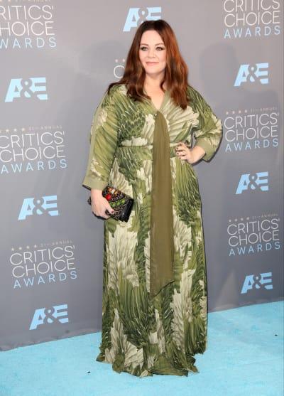 Melissa McCarthy in green dress