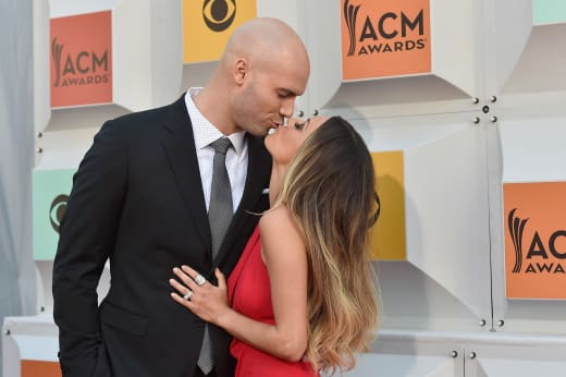 Mike Caussin Kisses Jana Kramer ACM Awards 2016