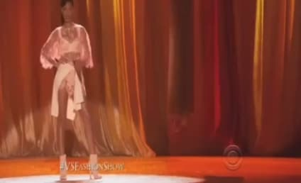 Rihanna Victoria's Secret Fashion Show Performance: Phresh Out the Runway!