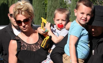 Report: Isaac Cohen Dumps Britney Over Phone