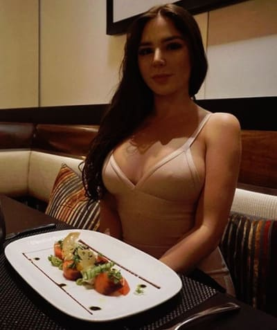 Anfisa Arkhipchenko, Birthday Dinner