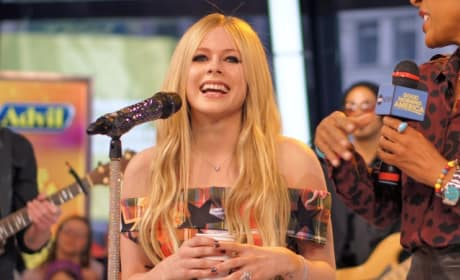 Avril Lavigne Opens Up About Battle With Lyme Disease in Emotional Interview