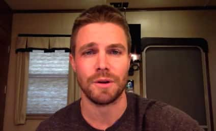 "Stephen Amell Apologizes for Tweet, Is Gonna ""Go Away"" Now"