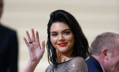 Kendall Jenner Waves