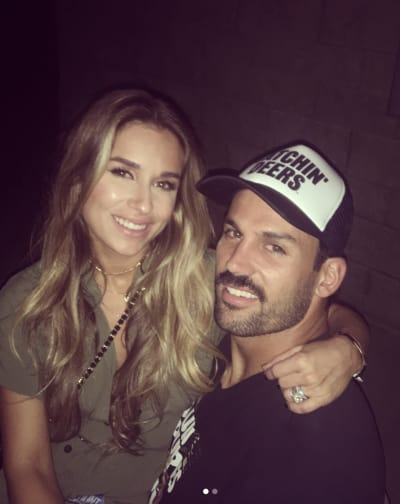 Jessie James Decker and Eric Decker Pic