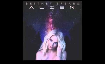 "Britney Spears Sings ""Alien"" With No Autotune: Beyond Terrible Track Leaked!"