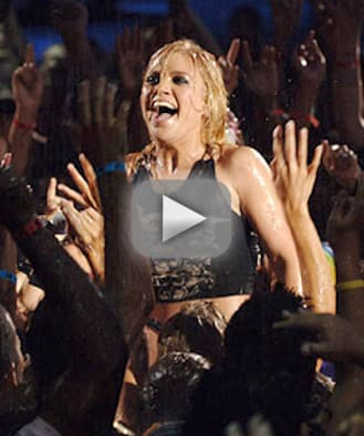Mtv video music awards flashback kelly clarkson arrives
