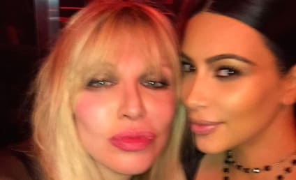 Kim Kardashian and Courtney Love: The Unexpected Selfie