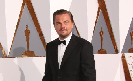 Leonardo DiCaprio: Full Body Photo at the 2106 Oscars
