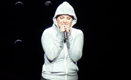 Kelly Clarkson Covers Eminem, Wins the Internet