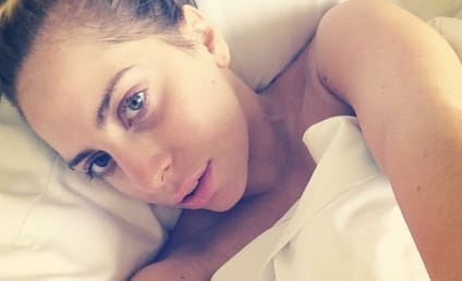 Lady Gaga: No Makeup on Instagram, Welcomes Fans Into Her Bed