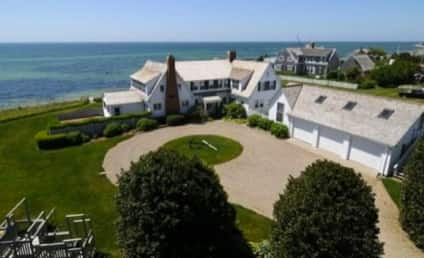 Taylor Swift Purchases Cape Cod Mansion... Next Door to Conor Kennedy!