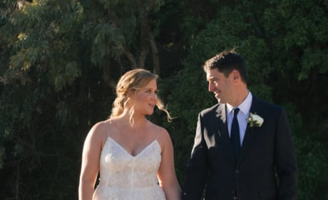 Amy Schumer Wedding Photos: Here Comes the Hilarious Bride!