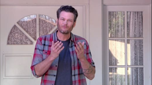 Blake Shelton Stars in 'Christmas in Hollywood'