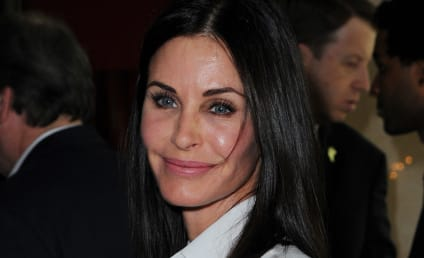 Courteney Cox on Brangelina Divorce: Just Leave Jennifer Aniston Alone!