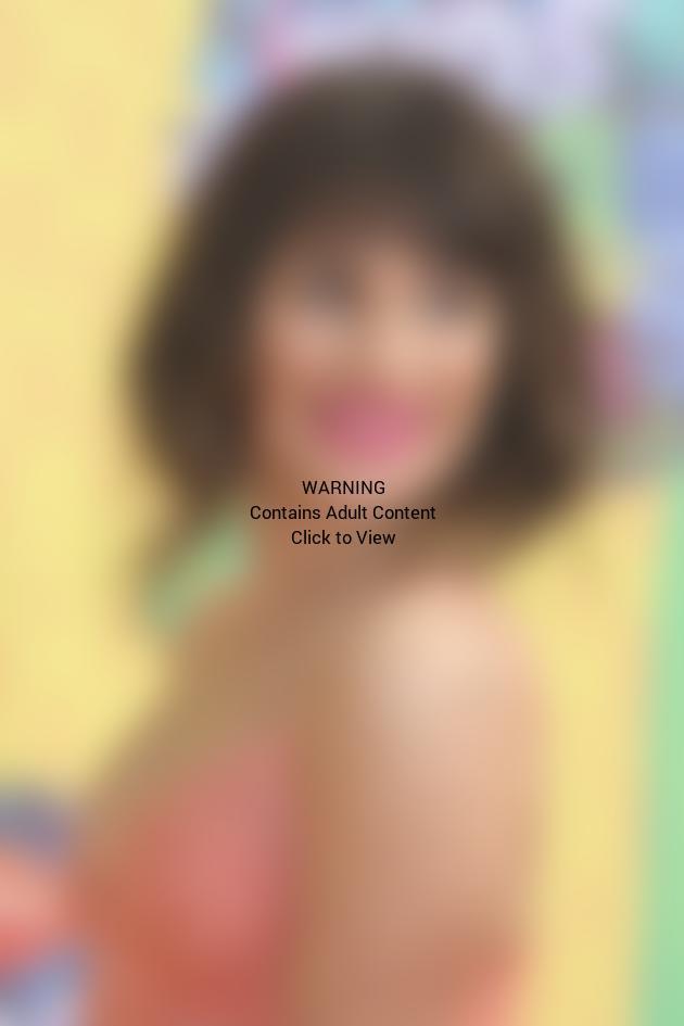 Lea Michele Close-Up Image