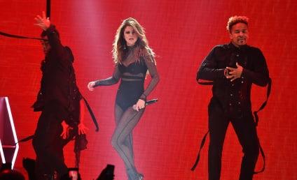Selena Gomez Takes a Tumble in Concert