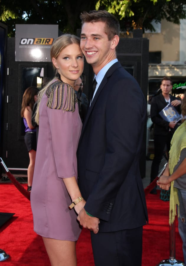 Heather Morris Baby Photo Revealed Cute The Hollywood