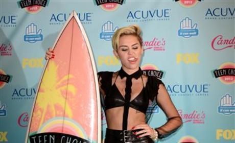 Miley Cyrus, Surfboard