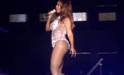 Beyonce: Caught Lip Syncing in Concert!
