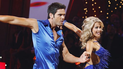 Chuck Wicks and Julianne Hough Routine