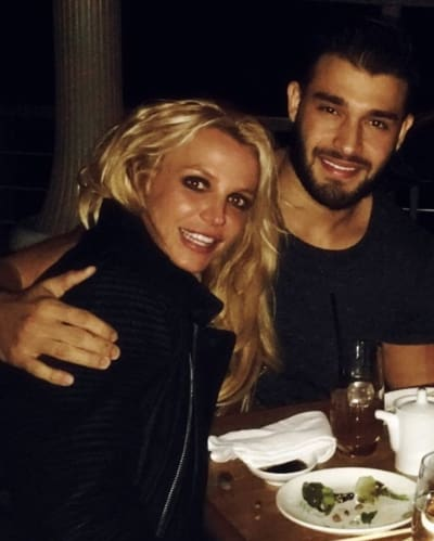 Britney Spears & Sam Ashgari New Year's Eve Pic