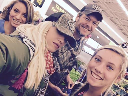 Gwen Stefani & Blake Shelton in Oklahoma
