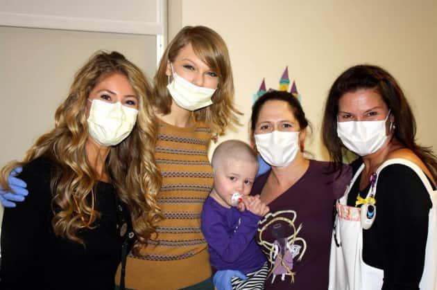 Taylor Swift at NYC Hospital