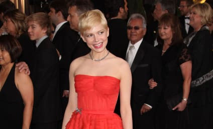 Academy Awards Fashion Face-Off: Emma Stone vs. Michelle Williams