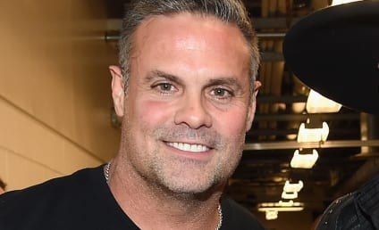 Troy Gentry Dies in Helicopter Crash; Country Star Was 50