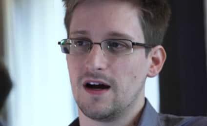 Edward Snowden: Asylum Offered By Venezuela, Still in Moscow Airport Transit Zone