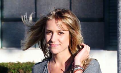 Breaking News: Kristin Cavallari Still Looks Good!