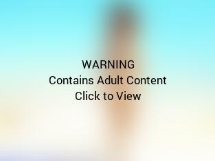 Hot Rihanna Bikini Pic