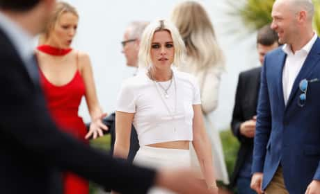 Kristen Stewart: 'Cafe Society' Photocall in Cannes