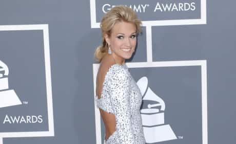 Beautiful Carrie Underwood Pic