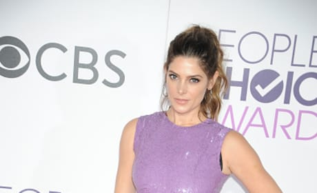 Ashley Greene at the People's Choice Awards