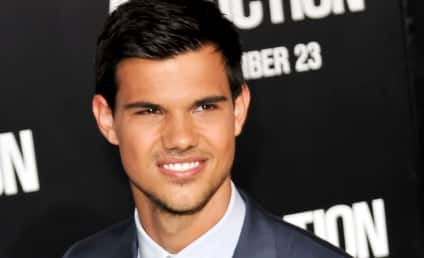 Taylor Lautner Splits with Lily Collins