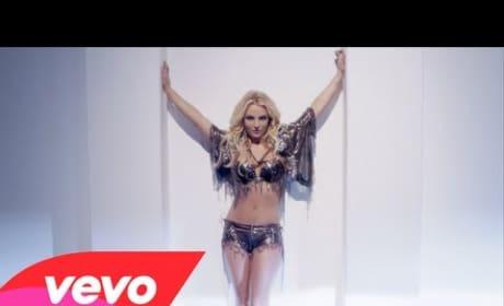 Britney Spears - Work Bitch (Music Video)