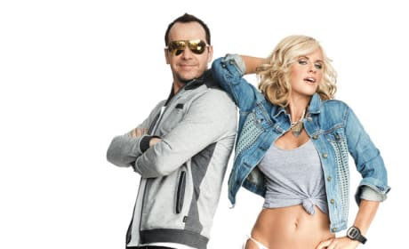 Jenny McCarthy and Donnie Wahlberg in Shape