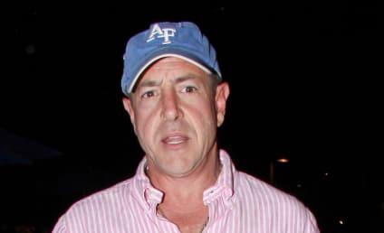 Lindsay Lohan Orders Michael Lohan Off Premises